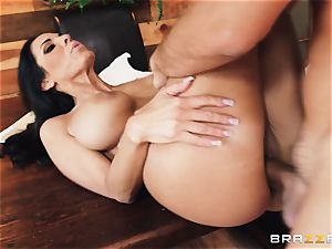 Veronica Rayne beaten and cummed on her beautiful face