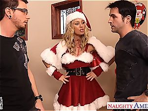 fantastic Nicole Aniston wants to make both their sausages feel fine for Christmas
