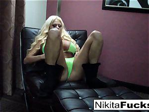 large titty Nikita plays with herself